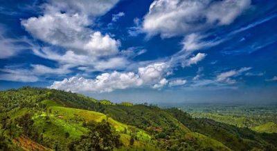 ঘুরে আসিঃ দেশের তৃতীয়তম উঁচু পাহাড় কেওক্রাডং