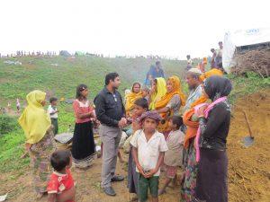 রোহিঙ্গা সংকট মোকাবেলায় স্থানীয় জনসাধারনের অবদান যেন আমরা ভুলে না যায়
